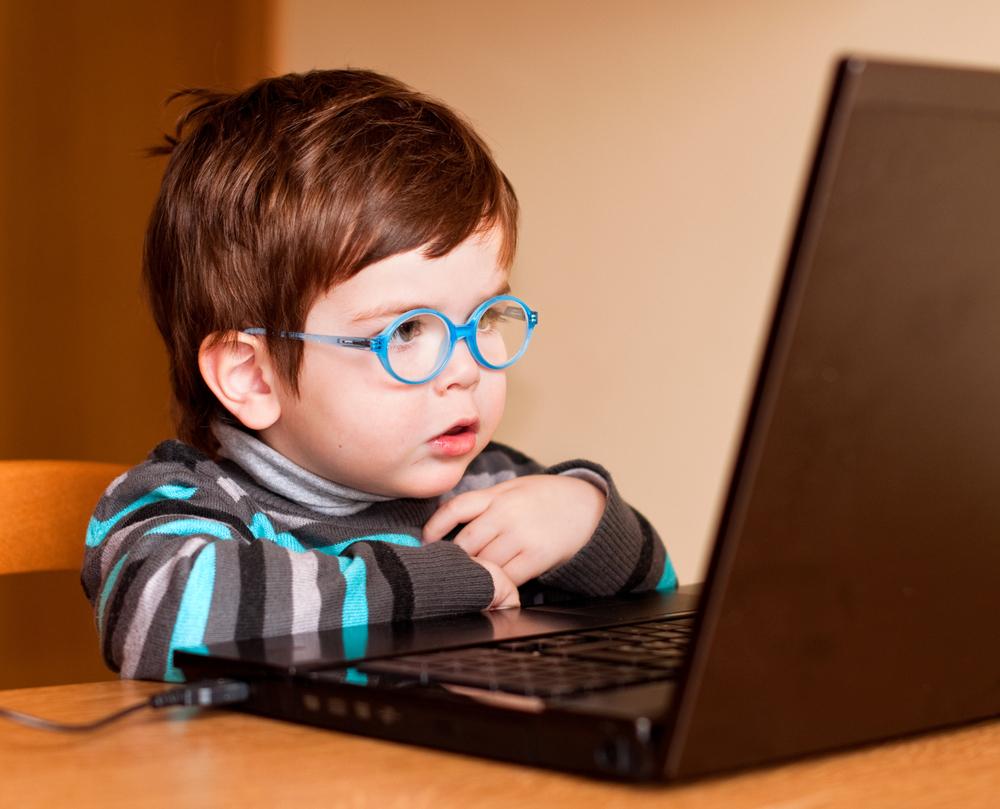 Çocuklarda Teknolojik Cihazların Aşırı Kullanımı, Olası Zararları ve Kaçınma Yolları